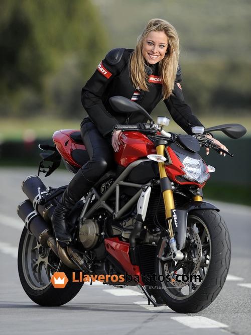Llaveros de moto personalizados